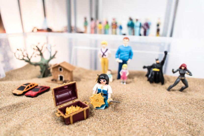 Amare_Psicologia terapia con muñecos